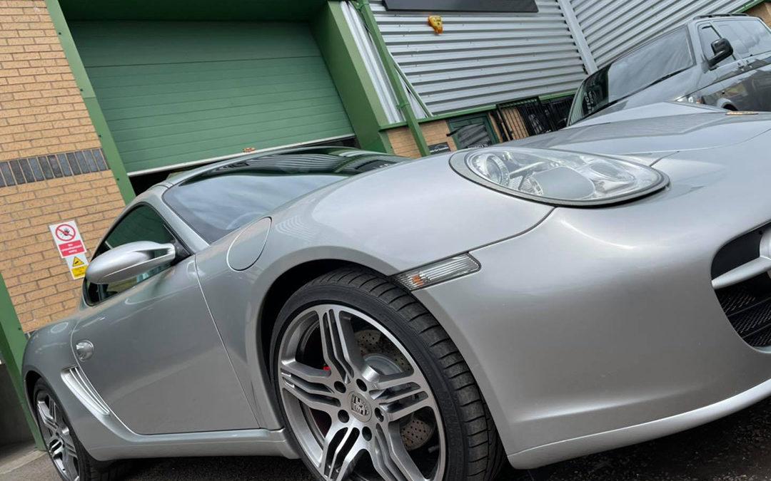 Stunning Porsche Cayman S minor cosmetic work